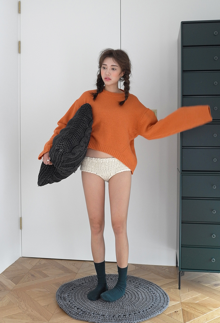 [Sold Out] round wide wool knit/orange